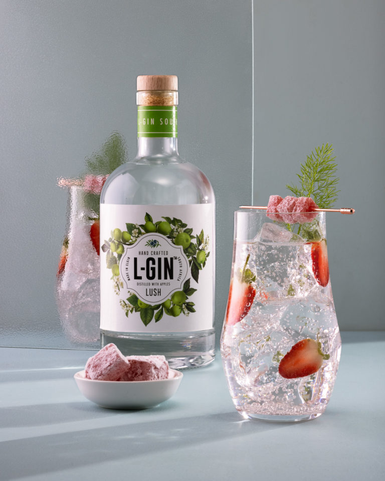 Gin and tonic with L-Gin Lush gin with strawberries and turkish delight for woman's day